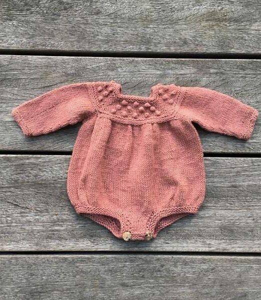 Dukkesroxyromper_Lofotstrikk_knittingforolive