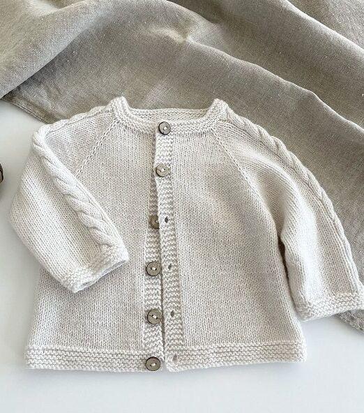JuniorCardigan_knittingforsif_lofotstrikk